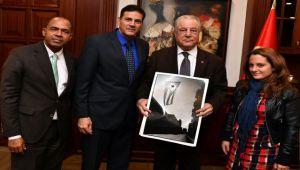 Küba Büyükelçisi geldi