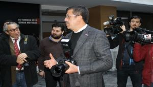 Zeybekci, basın mensuplarıyla buluştu