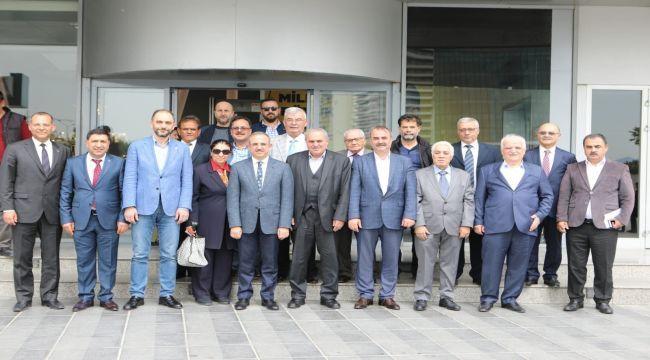 Başkan Sürekli'den Kurucular Kurulu ile özel toplantı