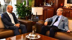Başkan Tunç Soyer'e tebrik ziyareti