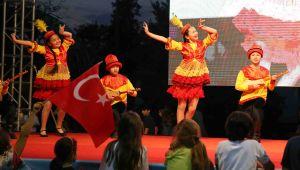 Dünya çocukları Karşıyaka'da buluşuyor!
