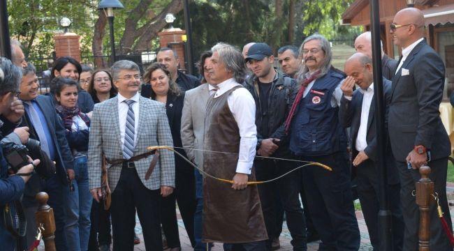 Geleneksel Türk ok atışı gerçekleşti