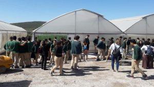 Öğrenciler açık ceza evindeki işletmeleri gezdi