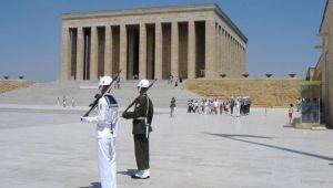 Soyer, Anıtkabir'i ziyaret edecek