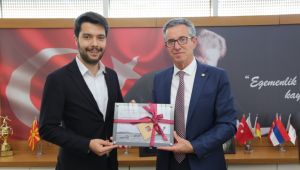 Başkan Arda'ya 'genç' destek
