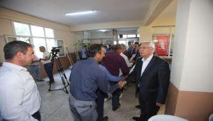 Başkan Selvitopu, belediye personeliyle bayramlaştı