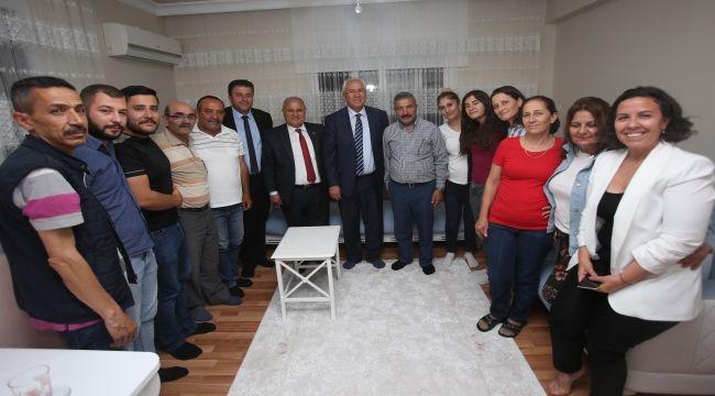 Başkan Selvitopu'ndan iftar sonrası ev ziyareti