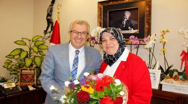 Eski başkandan yeni başkana tebrik ziyareti