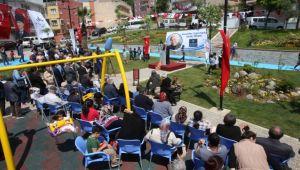 Karabağlar'da bir günde 2 park açılışı