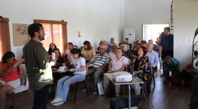 Karaburun Belediyesi, Zeytini Bilimle Buluşturdu
