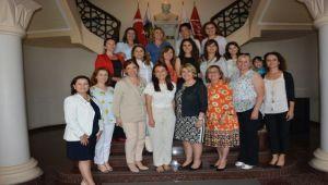 Çanakkaleli-İzmirli İş Kadınları Elele
