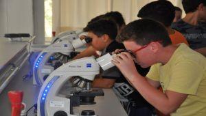EÜ'de Çocuklar Mikroorganizmaların Dünyasına Giriş Yaptı