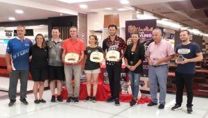 Open Bowlıng Turnuvası'nda kazananlara ödülleri verildi
