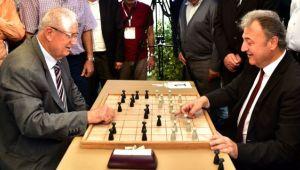 İduğ ve Keser'den dama turnuvası