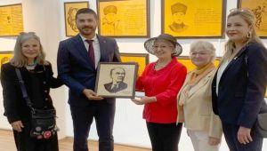 Atatürk Yolunda Cumhuriyet Kadınları