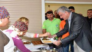 Başkan Ali Engin işçilerle buluştu