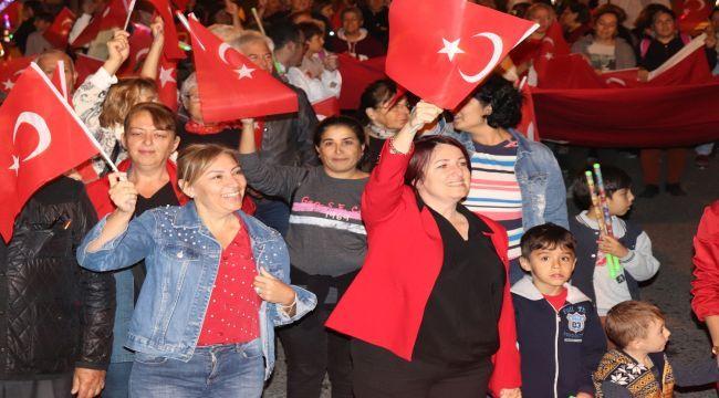 Karaburun'da Cumhuriyet Bayramı coşkusu