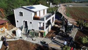 Belenbaşı'ndaki kaçak villalara yıkım şoku