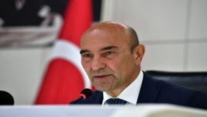 Başkan Tunç Soyer'den Kızılay'a destek