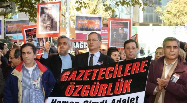 """AKP'nin """"istikrarlı"""" olduğu tek alan özgürlük ihlalleri"""
