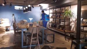 Aydın Büyükşehir Belediyesi Açılacak Dükkanları Dezenfekte Ediyor