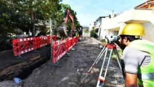 İzmir'de altyapı çalışmalarına bayram molası