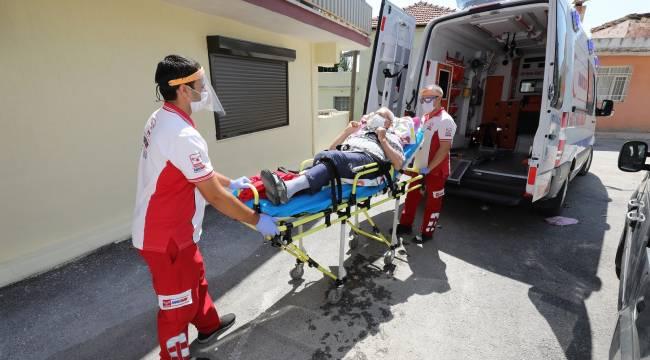 Gaziemir'de hasta nakil araçları yeniden hizmete başladı