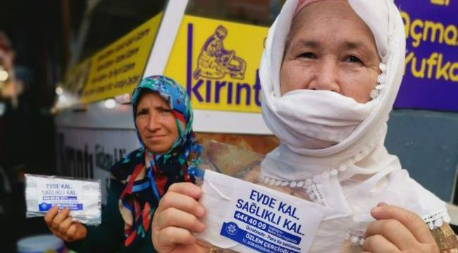 Büyükşehir Belediyesi Esnafı Ve Vatandaşı Maskesiz Bırakmıyor