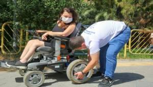 """Engellilere """"scooter"""" ile yol yardım desteği"""