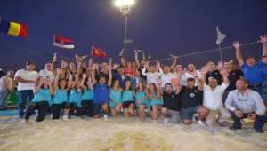 Plaj Voleybolu Şampiyonası Pamucak Plajı'nda