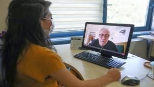 Psikolog Emre Konuk'tan Buca'da kaygı eğitimi