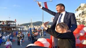 Foça'da 29 Ekim Gururla Yaşandı