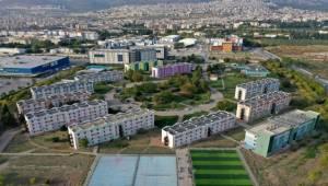 Ege Üniversitesi Depremzedelere Kucak Açtı