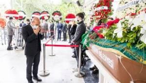 Eski Karşıyaka Belediye Başkanı Baysak'a veda