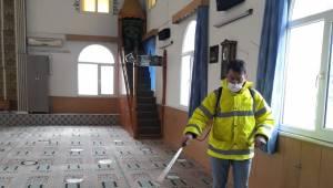 Cami ve cem evleri dezenfekte ediliyor, temizleniyor