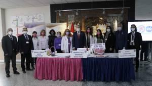 Ege'de Dünya Kanser Günü farkındalık etkinliği