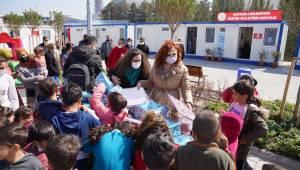 Egeli iletişimcilerden depremzede çocuklar için anlamlı proje