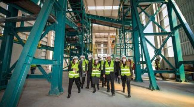 Avrupa'nın en büyük entegre katı atık yönetim tesisi Ödemiş'te hizmete giriyor