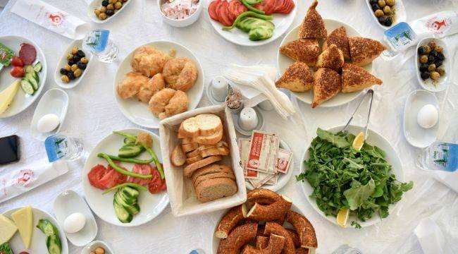 Bornova'da Dünya Kahvaltı Günü Kutlandı