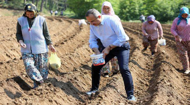 CHP'li Belediyelerde borç çok, hizmet yok!