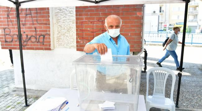 Çiğli'de Sandıklar Kuruldu Halka Talepleri Soruldu