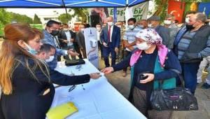Kiraz'daki üreticilere yem hibe edildi