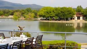 Yenilenen Göl Restoran misafirlerini ağırlamaya hazır