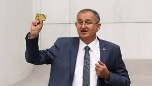 CHP'li Sertel kamuda günlük gazete alımının yasaklanmasını eleştirdi