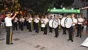 Foça'da Demokrasi Ve Milli Birlik Günü