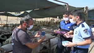 Karabağlar'da Kurban Satış Alanlarına Sıkı Kontrol!