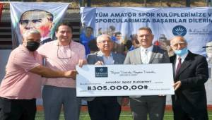 Karabağlar'da amatör spor kulüplerine coşkulu açılış