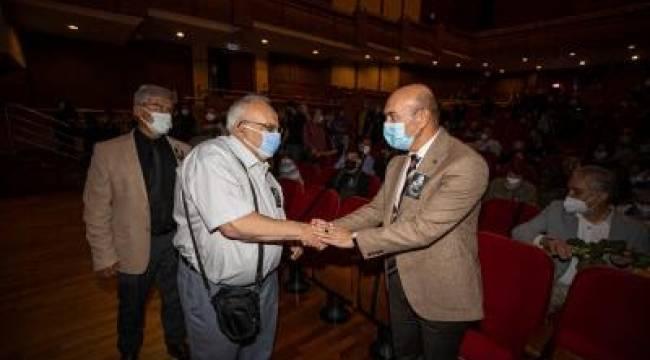 """Soyer: """"İzmir Şehir Tiyatroları'nı sonsuza kadar yaşatacağız"""""""