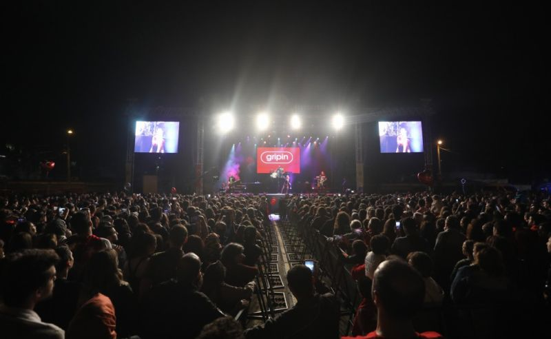 Gripin'den Coşkulu Konser